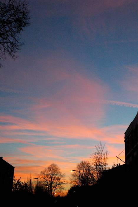 sunset_over_dalston_1_468x703